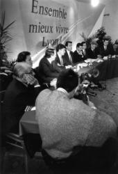 """[Campagne pour les élections municipales de 1989 : les têtes de liste de """"Ensemble mieux vivre Lyon""""]"""