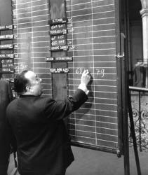 [Bourse de Lyon. Première cotation de l'emprunt régional en Ecu]