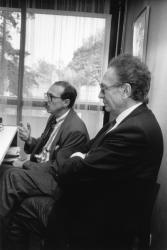 [Campagne pour les élections législatives de 1988. Conférence de presse de Gérard Collomb (suppléant : André Mure)]