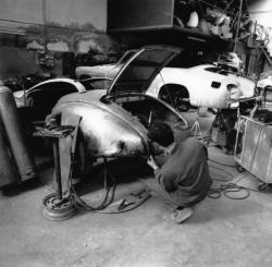 [Ateliers de restauration de véhicules anciens (J.-J. Viannay, gérant)]