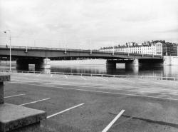 [Pont de la Guillotière]