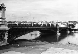 [Pont de l'Université]