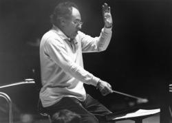 [Serge Baudo, chef d'orchestre]