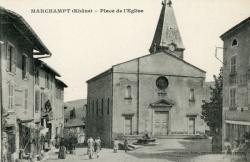 Marchampt (Rhône). - Place de l'Eglise
