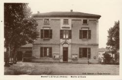 Marcy-l'Etoile (Rhône). - Mairie et école