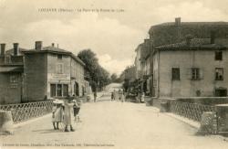 Lozanne (Rhône). - Le Pont et la Route de Lyon