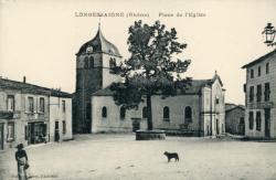 Longessaigne (Rhône). - Place de l'Eglise