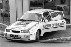 """[Rallye automobile. Jacques Tasso sur Ford Cosworth (équipage """"Lyon Figaro"""")]"""