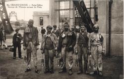 La Grand-Croix (Loire) : Puits Gilliet, Groupe de Mineurs sortant du Puits