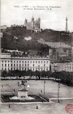 Lyon : Le Coteau de Fourvière et Place Bellecour
