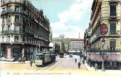 Lyon : Place des Cordeliers et Coteau de Fourvière