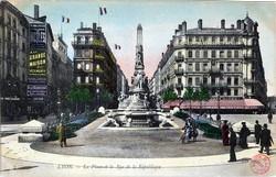 Lyon : La Place et la Rue de la République