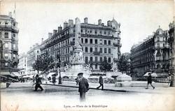 Lyon : Place de la République