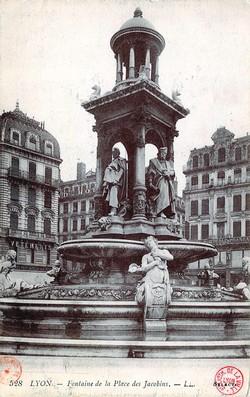 Lyon : Fontaine de la Place des Jacobins