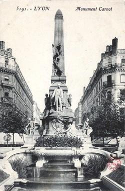 Lyon : Monument Carnot