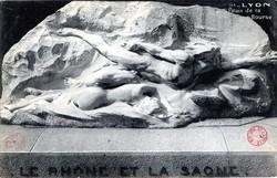 Lyon : Palais de la Bourse ; Le Rhône et la Saône