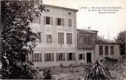 LYON : Polyclinique St-Charles, 9, Rue de l'Annonciade (façade Nord)