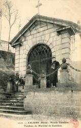 Caluire-et-Cuire (Rhône) : Montée Castellane. Tombeau du Maréchal de Castellane.