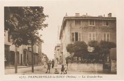 Francheville (Rhône) : La Grande-Rue
