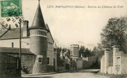 Amplepuis (Rhône) : Entrée du Château du Crêt