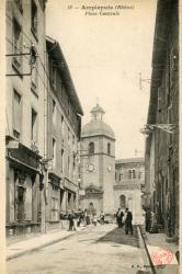 Amplepuis (Rhône) : Place centrale