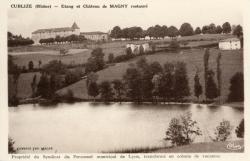 Cublize (Rhône) : Etang et château de Magny restauré