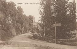 Emeringes (Rhône) : Moulin Combier