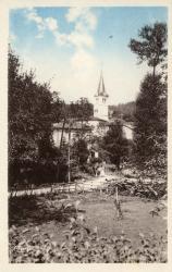 Claveisolles (Rhône) : Entrée du Bourg