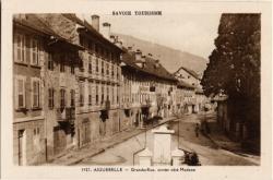 Savoie Tourisme : Aiguebelle ; Grande-Rue, entrée côté Modane