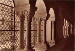 Abbaye N.-D. d'Aiguebelle : Le Cloître ; Galerie Sud