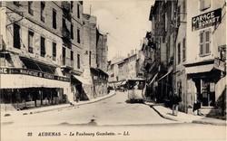 Aubenas (Ardèche) : Le Faubourg Gambetta
