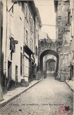 Aubenas (Ardèche) : Vieille Rue Delichère
