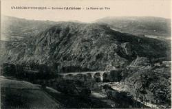 Environs d'Arlebosc (Ardèche) : La Pierre qui Vire