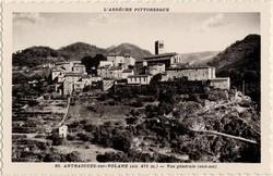 Antraigues-sur-Volane (alt. 471 m. (Ardèche) : Vue générale (sud-est)