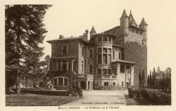 Bully (Rhône) : Le château vu à l'Ouest