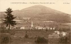 Chénelette (Rhône) : Vue générale et Tourvéon (alt. 963 m.)