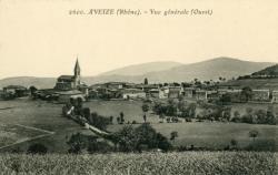 Aveize (Rhône) : Vue générale (Ouest)