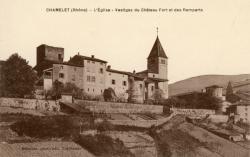 Chamelet (Rhône) : L'église, vestiges du château fort et des remparts