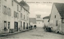 Aigueperse (Rhône) : Centre du Bourg