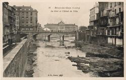 Rive-de-Gier (Loire) : Le Gier et l'Hôtel de Ville