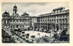 Lyon : Place des Terreaux et Hôtel de Ville