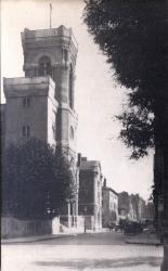 LYON : ÉGLISE de L'IMMACULÉE-CONCEPTION ; L'Église sur la rue Pierre-Corneille