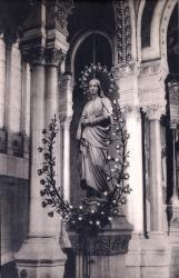 Lyon : Église de L'Immaculée-Conception ; La Vierge du choeur (statue de Fabisch)