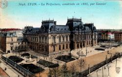 LYON : La Préfecture, construite en 1885, par Louvier