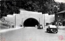 LYON : Entrée du Tunnel routier sous la colline de la Croix-Rousse
