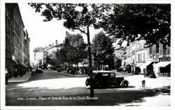 Lyon : Place et Grande Rue de la Croix-Rousse