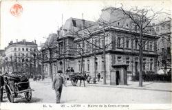 Lyon : Mairie de la Croix-Rousse
