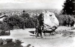 LYON : La Croix-Rousse ; Le gros caillou