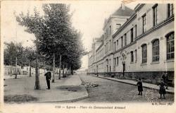 LYON : Place du Commandant Arnaud