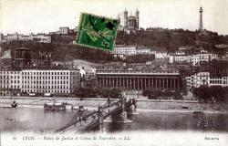 Lyon : Le Palais de Justice et Coteau de Fourvière